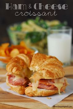 These are the BEST Ham and Cheese Croissants! Quick, easy and so delicious. A pe. These are the BEST Ham and Cheese Croissants! Quick, easy and so delicious. A perfect way to use leftover ham from the holidays! Ham And Cheese Croissant, Croissant Sandwich, Croissant Recipe, Soup And Sandwich, Cheese Toast, Croissants, Brunch Recipes, Breakfast Recipes, Breakfast Sandwiches