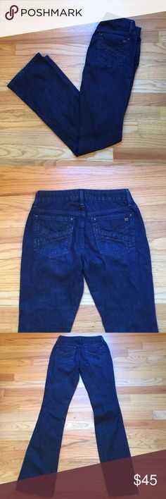 """Joe's Jeans dark wash """"Honey"""" fit Great condition! Small spot of slight discoloration near zipper and button as shown in the last picture. It is not noticeable unless one looks closely. Other than that, perfect condition! Very comfortable and light. Inseam: 31.5"""" Joe's Jeans Jeans Flare & Wide Leg"""