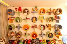12 Cute and Attractive Shelf Design Ideas To Store Your Child's Toys - Wood Crates Shipping Creative Toy Storage, Diy Toy Storage, Smart Storage, Kids Storage, Decorative Storage, Storage Ideas, Wall Storage, Storage Solutions, Plastik Box