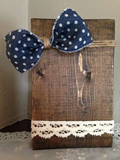 photo holder, country picture frame, distressed wood, shabby chic, polka dot bow, gift, wood block, twine, lace ribbon,4x6 picture frame by Justasmalltowngirlx2 on Etsy