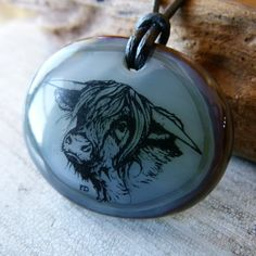 Highland cow  fused glass pendant by ArtoftheMoment on Etsy £17.27