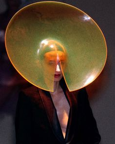Philip Treacy Autumn/Winter 2001 - the new century Arte Peculiar, Philip Treacy Hats, Fashion Art, Fashion Design, Space Fashion, Woman Fashion, Fashion Fashion, High Fashion, Future Fashion
