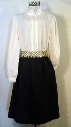 Vintage 1980's color block white and navy blue secretary high collar dress
