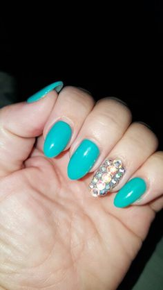 Teal Gel Polish with Jeweled Bling for your ring fingers. Absolutely love this on me.