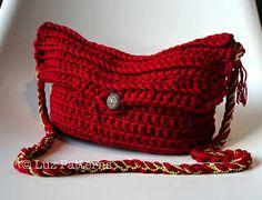 crochet bag pattern by Luz Patterns #crochetbagpattern #crochetbag
