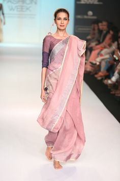 Add some subtle color to your work look. Handloom cotton saris loosely draped are perfect for the summer. Lehenga, Banarasi Sarees, Anarkali, India Fashion, Ethnic Fashion, Asian Fashion, Indian Attire, Indian Ethnic Wear, Saris