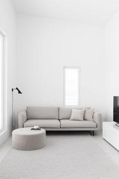 Home Decoration With Indoor Plants Code: 3626819076 Interior Design Games, White Interior Design, Living Room Accents, Living Room Decor, Interior Design Living Room, Living Room Designs, Minimalist Home Interior, Minimal Decor, Small Room Bedroom