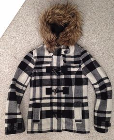 6ca8242fdebac Details about Girls 14 & XS women WOOL HEAVY WINTER COAT/JACKET Fuax-Fur  Black&Off-White Plaid