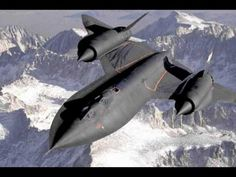 Lockheed SR-71 Blackbird | National Air and Space Museum Military Jets, Military Aircraft, Stealth Aircraft, Stealth Bomber, Military Weapons, Breitling Avenger, Photo Avion, War Machine, Gliders