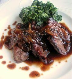 Herkkusuun lautasella-Ruokablogi: Rautaisa-annos (maksaa ja nokkosia)