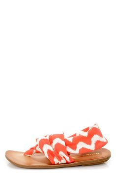 Check it out from Lulus.com! Why love the Dirty Laundry Beka 2 Coral Zigzag Stretch Thong Sandals?