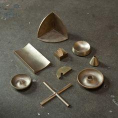 S/N desk objects