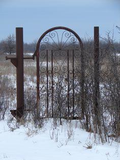 Abandoned Gate. i love old gates. ah heck i love anything old