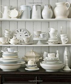 Country Living Decorating with White: Gina Hyams: 9781588168603: Amazon.com: Books