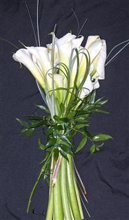 Google Image Result for http://sweatsflorist.com/images/catalog/Flowers/740/white%2520calla%2520bouquet_Large.JPG