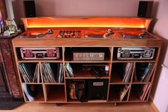 diy dj m bel aus ikea s besta serie turntable tables and music. Black Bedroom Furniture Sets. Home Design Ideas