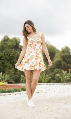 Summer Dresses, Fresco, Fashion, Vestidos, Blue Stripes, White People, Minimal Dress, Floral Design, Pants