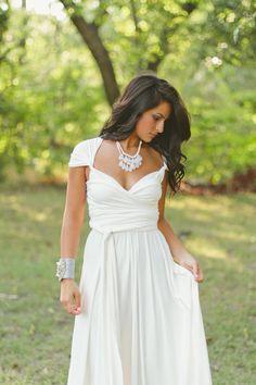 Gorgeous adjustable statement necklace!