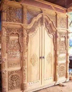 gebyok pintu baru