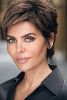20 Celebrity Short Haircuts Looking for celebrity short haircuts in Here, you just found the right place. Today's post will be about best 20 Celebrity Short Haircuts Celebrity Hairstyles Cute Hairstyles For Short Hair, Cool Haircuts, Short Hair Styles, Pixie Haircuts, Medium Hairstyles, Hairstyles Haircuts, Layered Hairstyles, Casual Hairstyles, Braided Hairstyles