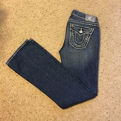 Women's true religion jeans, Becky Super T size 27 These jeans are like new condition, never worn True Religion Jeans Boot Cut