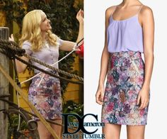 """Liv & Maddie""""Cowbell-A-Rooney"""" [x] // October 18, 2015H&M Pencil Skirt in floral - sold out"""