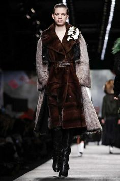 Fendi Ready To Wear Fall Winter 2014 Milan - NOWFASHION