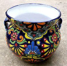 Hand Painted Mexico Mexican Talavera Tile Ceramic Pottery Folk Art Planter Pot | eBay Mexican Home Decor, Mexican Art, Painted Flower Pots, Painted Pots, Talavera Pottery, Ceramic Pottery, Mexican Ceramics, Mexican Clay Pots, Flower Vase Design