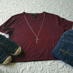 """BOGOForever 21 Crop Top, Burgundy Soft Lines Used once and washed.  Size is Medium  Measures 17"""" across the bust, 18.5"""" length  65% Polyester, 35% Rayon   If you have any questions please ask.  If you don't like the price please use the offer button.  No trades  Have an amazing day!   """"Great Sense Of Style"""" Forever 21 Tops Crop Tops"""