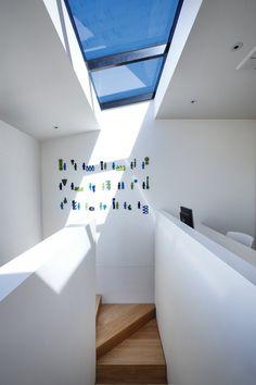 http://www.contemporist.com/2012/09/11/nicholson-residence-by-matt-gibson-architecture-design/