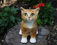 Winstanley Cats have been made by Jenny Winstanley for over 40 years. All the animals produced are unique in that there are no two painted exactly the same, therefore each animal is highly collectable.