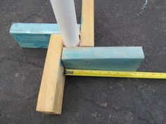 Tod Larson: How to build a Cub Scout flag stand Wooden Flag Pole, Wooden Poles, Wood Flag, Flag Pole Stand, Flag Pole Holder, Cub Scouts, Girl Scouts, Cub Scout Den Flags, Festival Friends