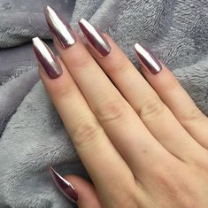 60 Most Lovely And Eye-catching Mirror Metallic Nails Ideas For Prom - Page 42 of 61 - Coco Night Sexy Nails, Hot Nails, Trendy Nails, Hot Nail Designs, Mirror Nails, Metallic Nails, Fabulous Nails, Beautiful Nail Art, Coffin Nails
