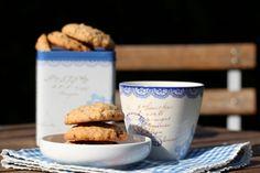 Havrekjeks med sjokolade Nom Nom, Bakery, Sweets, Snacks, Cookies, Tableware, Recipes, Food, Cupcakes