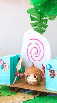 MOANA THEMED BIRTHDAY PARTY Moana Birthday Decorations, Moana Theme Birthday, Moana Themed Party, 3rd Birthday Party For Girls, Birthday Party Themes, Birthday Ideas, Party Planning, First Birthdays, Confetti
