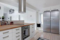 Majestic 44+ Best White Wood Design Ideas for Beautiful Kitchen Countertop https://decoredo.com/8259-44-best-white-wood-design-ideas-for-beautiful-kitchen-countertop/