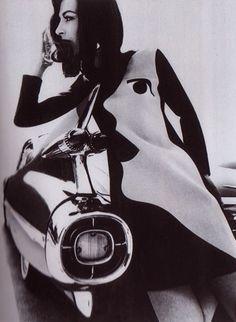 1966, Yves St Laurent