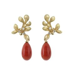 18-karat gold Gipsy earrings with diamonds and unique coral drops #finejewellery #gold #goldsmith #gipsyearrings #gipsycollection #gemstone #coral #olelynggaard #olelynggaardcopenhagen #charlottelynggaard @charlottelynggaard_dk