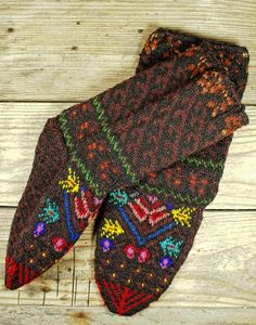 MARCH SALE  Traditional Hand Knitted Socks from by KilimLand, $35.00