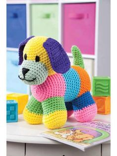 perrito a crochet This is awesome use left over yarn for a Rainbow stuffed animal!