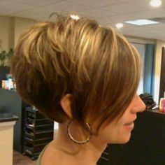 I did this V haircut on Steph last year, wish she would get it again!