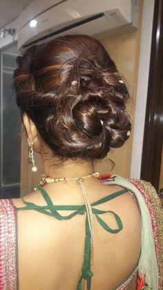 Arabian Makeup, Indian Navel, Bridal Hair Buns, Hair Knot, Beautiful Bollywood Actress, Girl Face, Bun Hairstyles, Peeps, Knots
