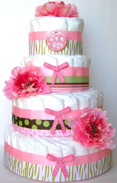 Different type of diaper cake, they are not rolled, rather than rolling them they are laid together. Love this!