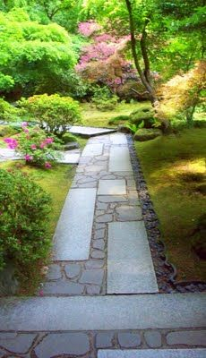 Awesome Japanese Stone Garden Pathway Ideas - 26 Awesome Japanese Stone Garden Pathway Ideas - Love the combination of cut and random materials in this Portland Japanese Garden, Japanese Garden Design, Japanese Style, Japanese Gardens, Stepping Stone Pathway, Stone Walkway, Stone Landscaping, Landscaping Ideas, Vintage Garden Decor