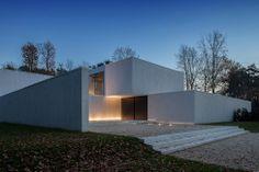 Дом лабиринт в Бельгии