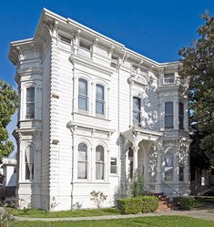 White Mansion - Oakland, California, we always said it was haunted as a kid. I was seriously scared of this place.