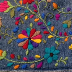 Marvelous Crewel Embroidery Long Short Soft Shading In Colors Ideas. Enchanting Crewel Embroidery Long Short Soft Shading In Colors Ideas. Mexican Embroidery, Crewel Embroidery, Hand Embroidery Patterns, Ribbon Embroidery, Cross Stitch Embroidery, Machine Embroidery, Broderie Simple, Bordado Floral, Art Textile