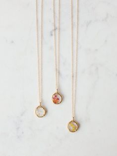 Baguette Diamond Pendant in Solid Gold / Dainty Diamond Necklace / Round Disc Pendant Baguette / Gold Necklace / Birthday Gift for Her - Fine Jewelry Ideas Love Necklace, Bar Necklace, Fashion Necklace, Monogram Necklace, Fashion Jewelry, Beaded Necklace, Resin Necklace, Layered Necklace, Gold Pendant Necklace