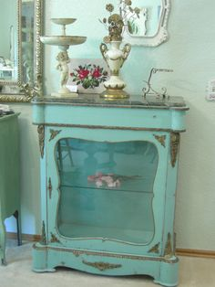 French DISPLAY CASE CABINET Shabby Chic
