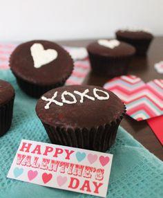 "Homemade ""hostess"" cupcakes ~ gluten free and paleo"
